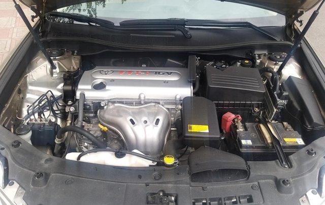 Bán Toyota Camry 2014 bản 2.0E, số tự động, xe đẹp bánh xơ cua chưa rớt8