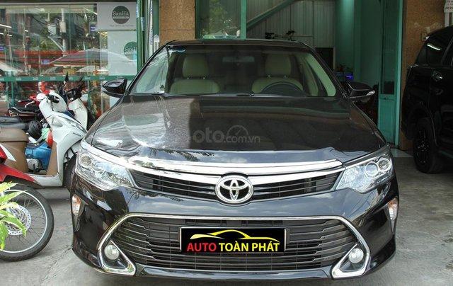 Xe Toyota Camry 2.0E 2019 - 905 triệu0