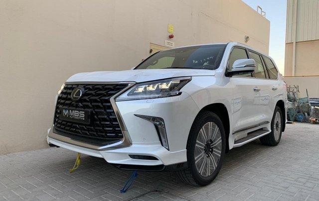 Bán Lexus LX 570s MBS 4 ghế model 2021, nhập khẩu Trung Đông mới 100%1