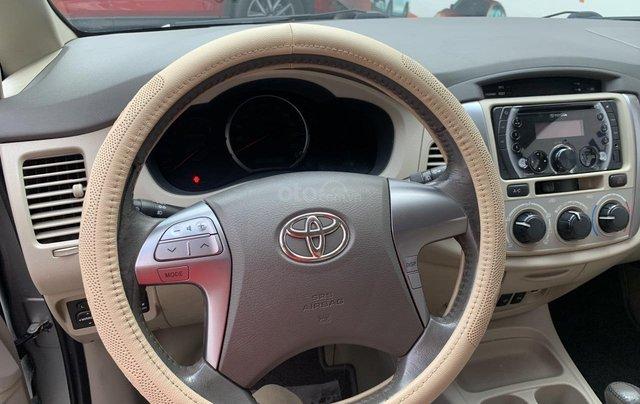 Bán Toyota Innova G tự động ĐK 06/2015, giá rẻ, xe đẹp4