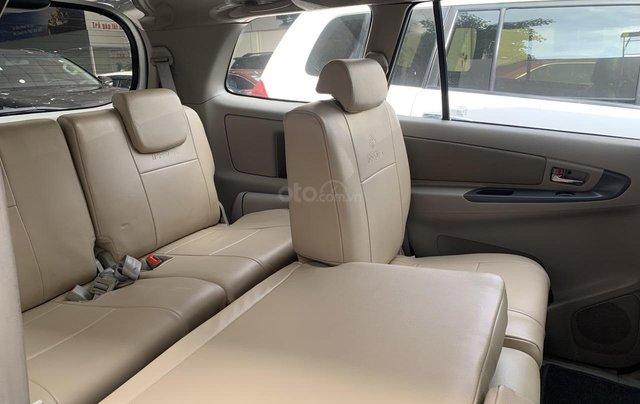 Bán Toyota Innova G tự động ĐK 06/2015, giá rẻ, xe đẹp9