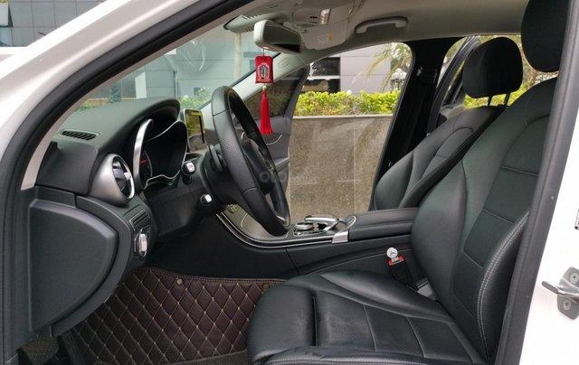 Bán nhanh chiếc Mercedes Benz C200 Model 201810