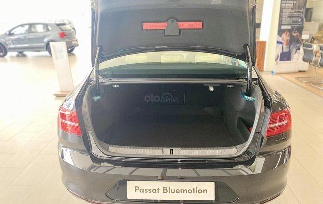 Passsat Bluemotion 2021 màu đen nội thất kem - xe Đức nhập khẩu 100% - khuyến mãi 120 % trước bạ - xe giao ngay8
