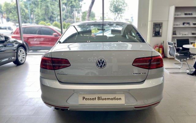 Khuyến mãi giá tốt cho xe Passat Bluemotion 2021 màu bạc giao ngay - lái thử xe tận nhà11