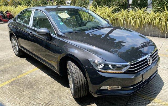 Passat Bluemotion màu xám - xe nhập Đức lái ngon - sang trọng giá lại mềm10