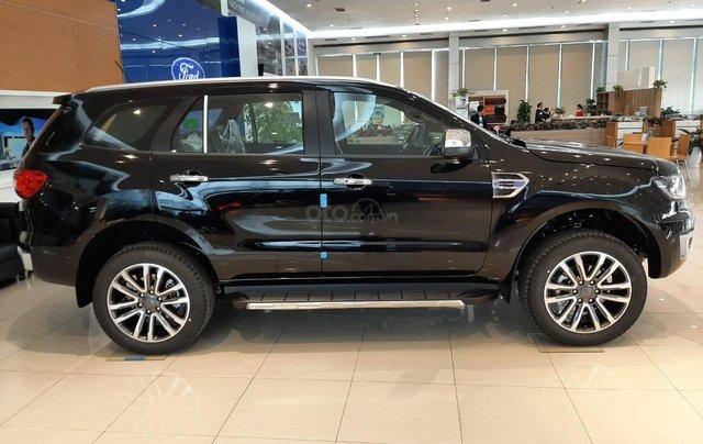 Ford Everest 2021, đủ màu giao ngay toàn quốc, tặng gói phụ kiện lên tới 25tr, hỗ trợ đăng kí đăng kiểm3