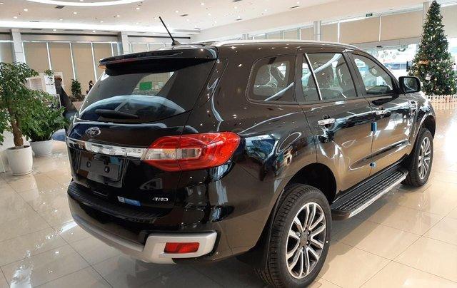 Ford Everest 2021, đủ màu giao ngay toàn quốc, tặng gói phụ kiện lên tới 25tr, hỗ trợ đăng kí đăng kiểm4