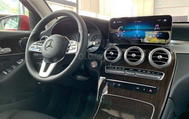 Mercedes-Benz GLC 200 - hỗ trợ lãi suất chỉ 0.66%, xe chính hãng giao trong tháng 1, thủ tục nhanh chóng8