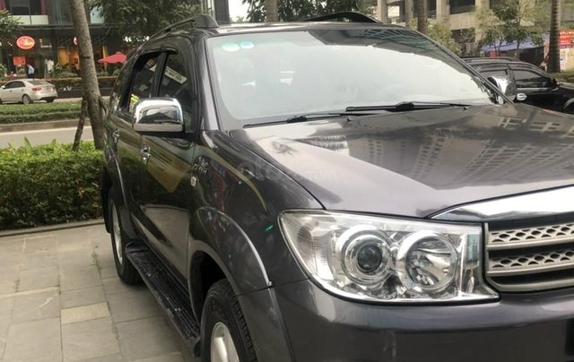 Toyota Fortuner 2.7V 4x4 AT sản xuất 20103