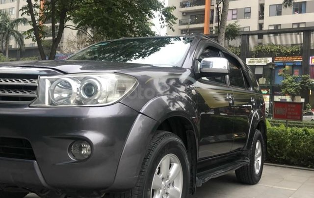 Toyota Fortuner 2.7V 4x4 AT sản xuất 20104