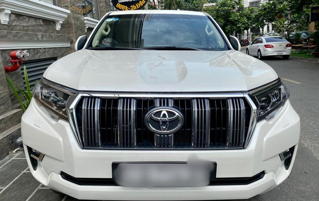 Cần bán xe Toyota Land Cruiser Prado 2018, nhập khẩu0
