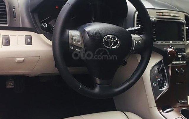 Bán Toyota Venza năm 2011, màu đen, nhập khẩu còn mới, giá chỉ 770 triệu3