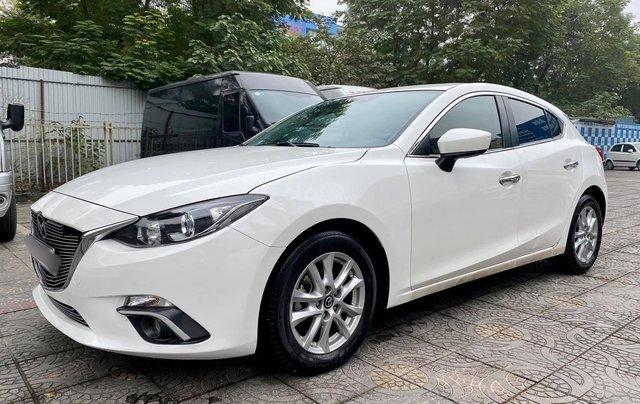 Bán nhanh chiếc Mazda 3 Hatchback sản xuất năm 20151