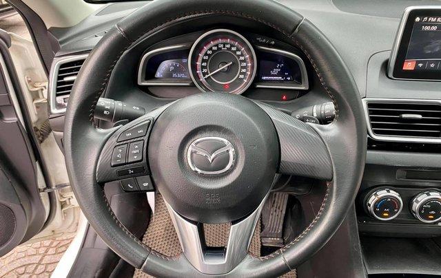 Bán nhanh chiếc Mazda 3 Hatchback sản xuất năm 20157