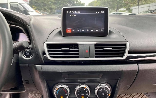 Bán nhanh chiếc Mazda 3 Hatchback sản xuất năm 20155