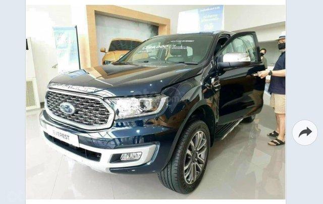Ford Everest Titanium 2021 giá ưu đãi, tặng phụ kiện chính hãng, có xe giao ngay0