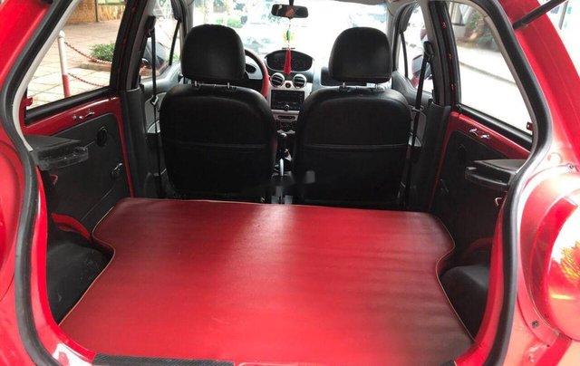 Bán Chevrolet Spark đời 2015, màu đỏ chính chủ, giá tốt9