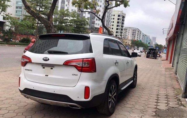 Kia Sorento 2.2 DAT Premium trắng, có xe giao trong tháng 1, tặng BHVC3