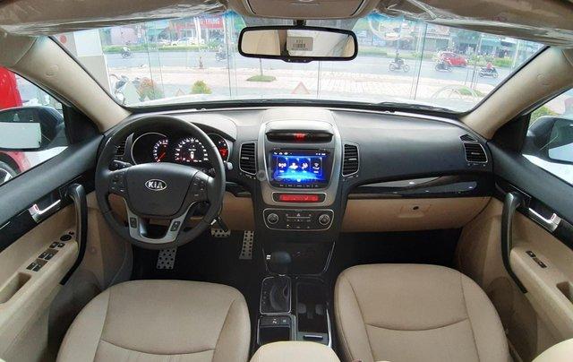 Kia Sorento 2.2 DAT Premium trắng, có xe giao trong tháng 1, tặng BHVC4