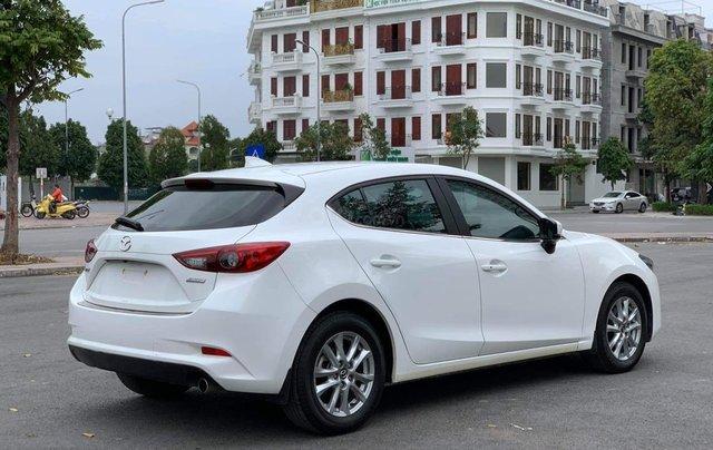 Bán Mazda 3 HB màu trắng sx 20181