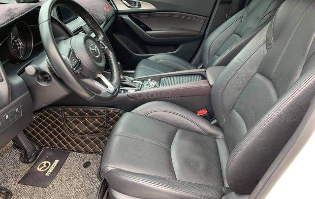 Bán Mazda 3 HB màu trắng sx 20188