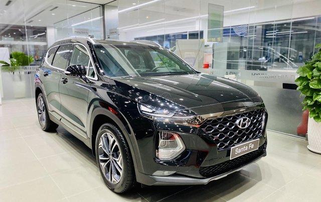 Hyundai Santa Fe cao cấp, giảm tiền mặt 63 triệu, tặng phụ kiện chính hãng, hỗ trợ góp 85% giá trị xe, duyệt hồ sơ nhanh0