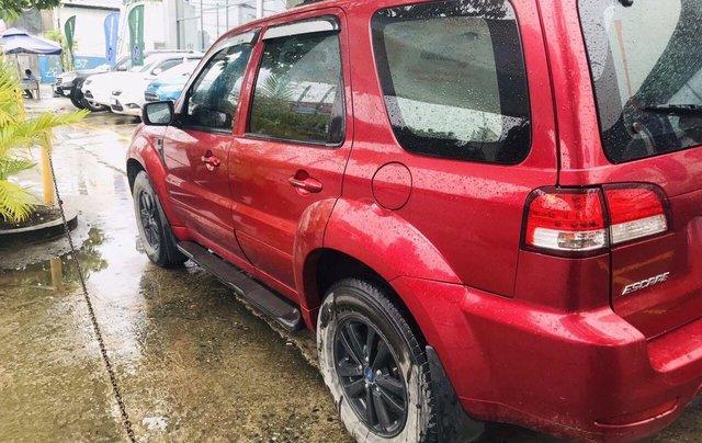 Bán ô tô Ford Escape sản xuất 2011, màu đỏ xe gia đình giá chỉ 415 triệu đồng4