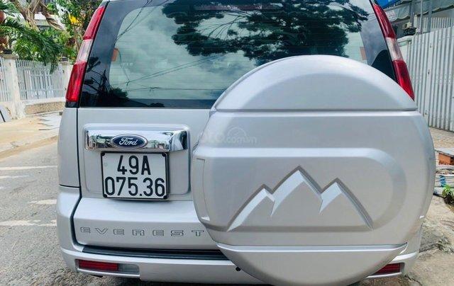 Bán Ford Everest đăng ký lần đầu 2013, màu bạc xe gia đình giá 515 triệu đồng5