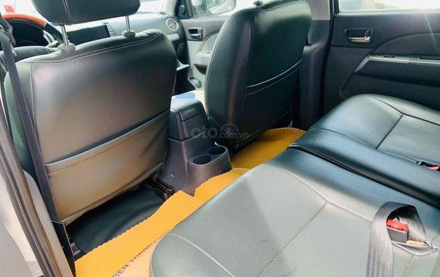 Bán Ford Everest đăng ký lần đầu 2013, màu bạc xe gia đình giá 515 triệu đồng8