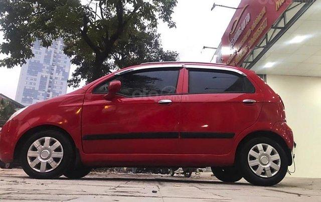 Xe Chevrolet Spark năm sản xuất 2010, màu đỏ còn mới0