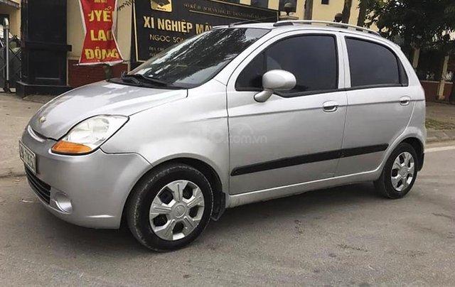 Cần bán lại xe Chevrolet Spark sản xuất 2009, màu bạc0
