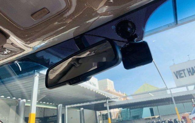 Bán Hyundai Grand i10 năm 2018, xe nhập giá cạnh tranh6