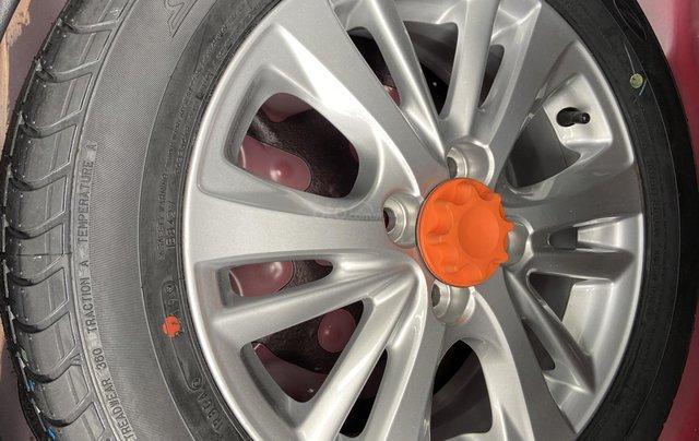 Bán xe Toyota Vios 1.5G màu đỏ, siêu lướt, xe gia đình mới đi 10.000km11