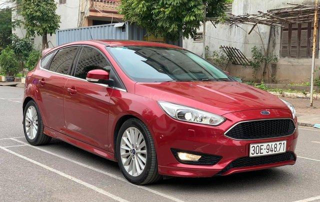 Bán xe Ford Focus năm sản xuất 2016, màu đỏ, xe nhập0