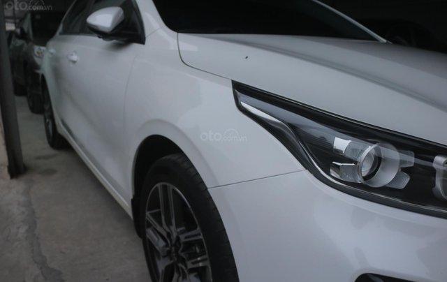 Cần bán xe Kia Cerato Luxury 2019, màu trắng.2