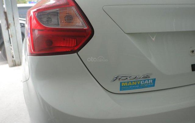 Bán xe Ford Focus năm 2014, màu trắng1