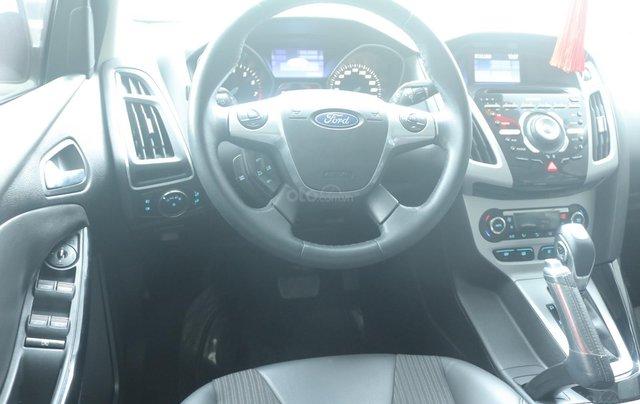 Bán xe Ford Focus năm 2014, màu trắng6