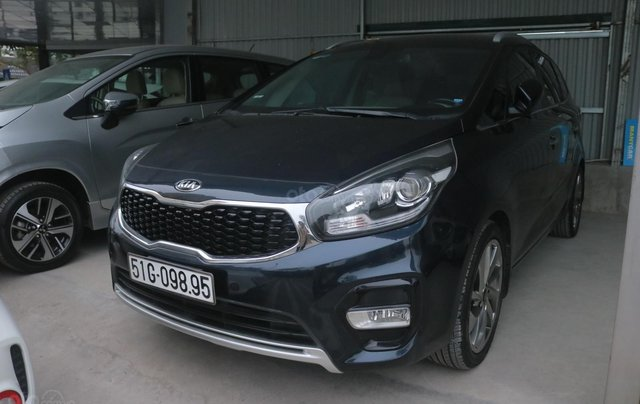 Cần bán lại xe Kia Rondo GAT sản xuất năm 20170