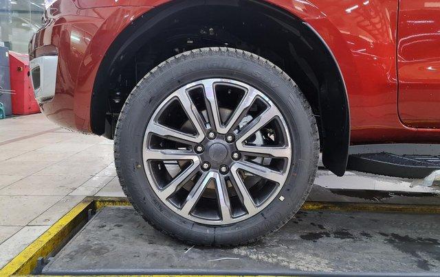 Ford Everest bao giá tốt nhất thị trường. Xe đủ màu, giao xe tận cửa, liên hệ ngay nhận ngay ưu đãi4