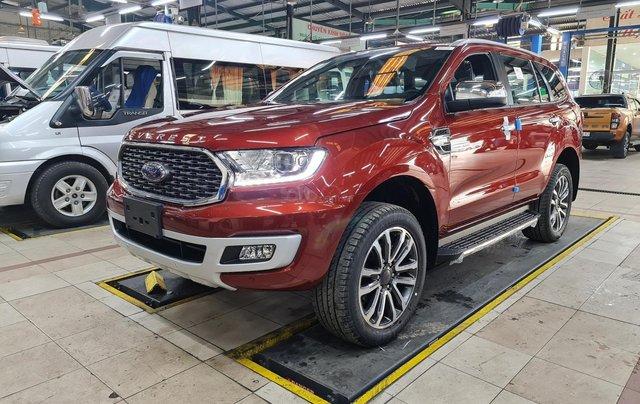 Ford Everest bao giá tốt nhất thị trường. Xe đủ màu, giao xe tận cửa, liên hệ ngay nhận ngay ưu đãi0