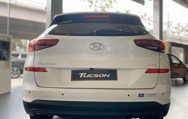[Siêu phẩm ] Hyundai Tucson 2.0 máy dầu - Dòng xe tiết kiệm nhất phân khúc - nội thất sang trọng2