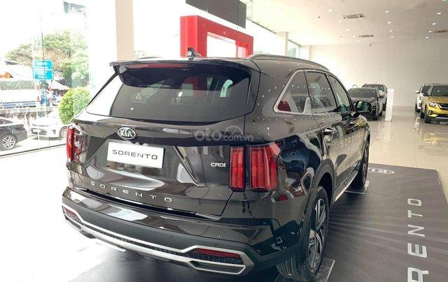 Kia Sorento 2021 - Bản cao cấp, máy dầu - Khuyến mại hấp dẫn - Hỗ trợ trả góp - Xe có sẵn đủ màu giao ngay3