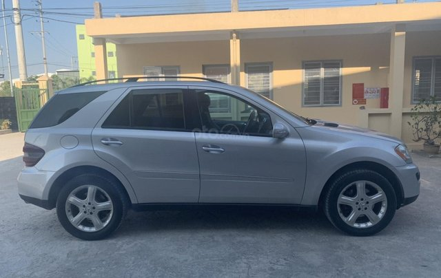 Cần bán xe ô tô Mercedes ML 3501