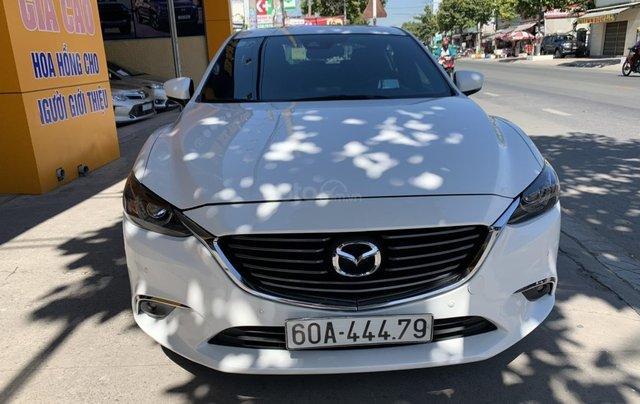 Bán nhanh em Mazda 6 trắng xinh như Ngọc Trinh, với giá cực ưu đãi, hỗ trợ vay vốn đến 70% giá trị xe0