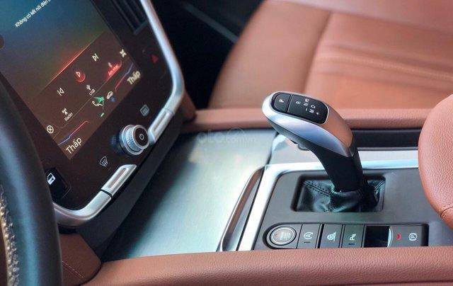 Giá xe Vinfast Lux SA 2.0 mới nhất chỉ từ 1 tỷ 226 triệu3
