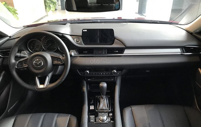 [Mazda Thảo Điền - TP. HCM] Mazda 6 khuyến mại khủng tháng 1, tặng gói nâng cấp nên tới 20tr, hỗ trợ trả góp tới 80%6