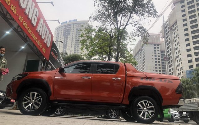 Bán xe Hilux 2.4G 4x4MT model 201710