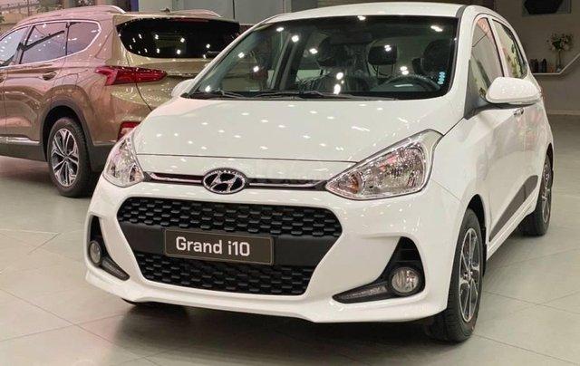 Hyundai Grand i10 giá tốt nhất, xe đủ màu đủ phiên bản giao ngay trước tết0