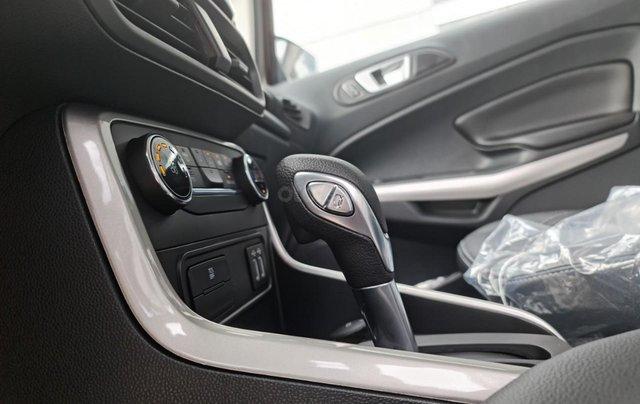 Ford Ecosport Titanium giảm 50% thuế trước bạ, 140 triệu nhận xe, giao ngay trước tết7