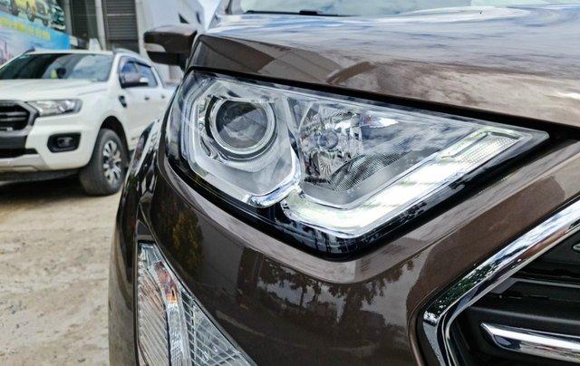 Ford Ecosport Titanium giảm 50% thuế trước bạ, 140 triệu nhận xe, giao ngay trước tết8